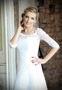 Pani Lucyna w sukni z kolekcji Agnes Bridal Dream - model 11275